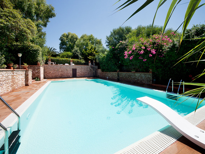 Foto piscine interrate coperture per piscine private platino telescopica with foto piscine - Foto piscine interrate ...