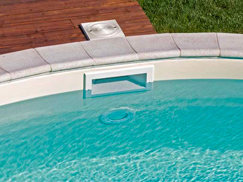 piscina interrata a skimmer